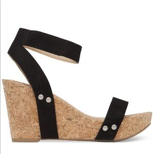 Lucky Brand LK-MCDOWELL black and cork wedges